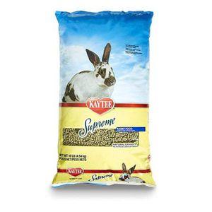 Kaytee Supreme Rabbit Food 10 Pounds (BOGO) for Sale in Monroe, WA