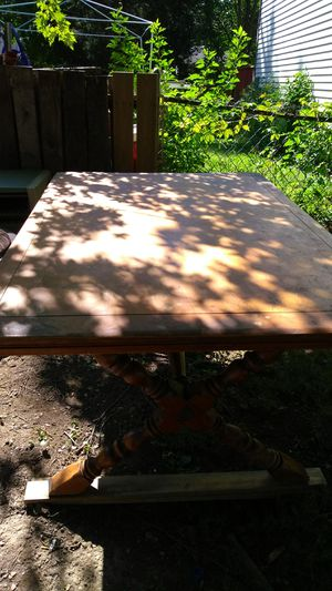 Antique dining table for Sale in Columbus, OH