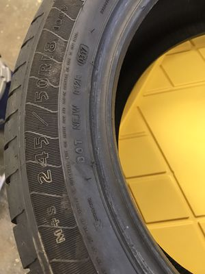 Goodyear Eagle ls tire for Sale in Eagle Point, OR