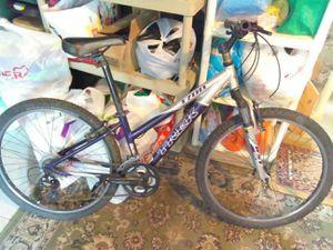 """Trek 26""""wheel Mountain Adult BIKE for Sale in Brooklyn, NY"""