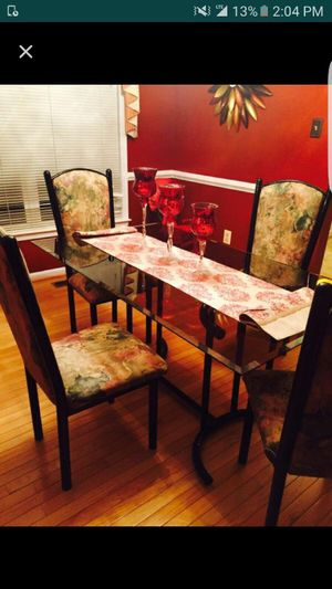 Dining table for Sale in Mount Rainier, MD