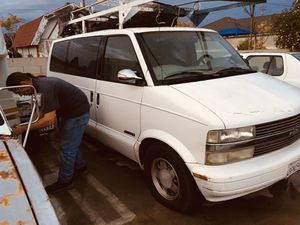 1997 Chevy Astro van Does not does not run mechanic said it needs a brain has lots of new parts brand new spark plugs spark plug wires crankshaft po for Sale in Hemet, CA