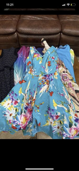 Women's dress lot size Small and Medium for Sale in Irving, TX