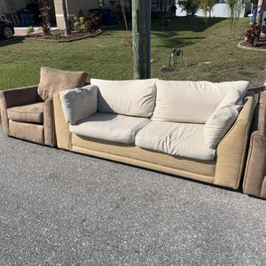 $free For All!First Come First Serve! Great Condition! Must Pick Up, No delivery for Sale in Bonita Springs, FL