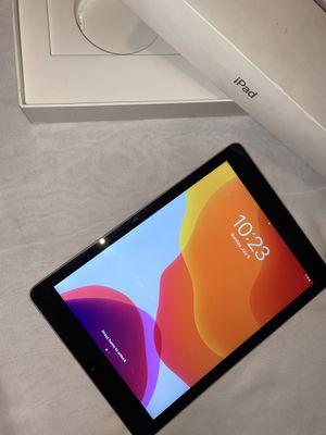 iPad for Sale in Dearborn, MI