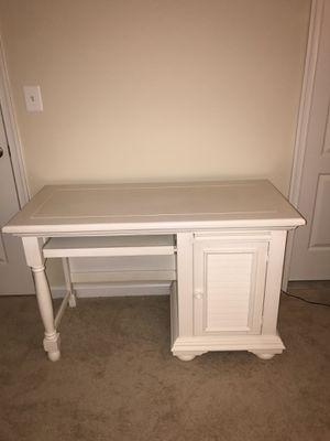 Desk for Sale in Lanham, MD