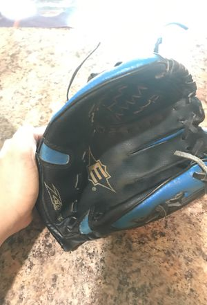 Baseball/Softball Glove for Sale in Newport News, VA