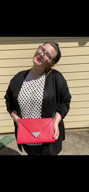 Saks fifth avenue red bag for Sale in Cartersville, GA