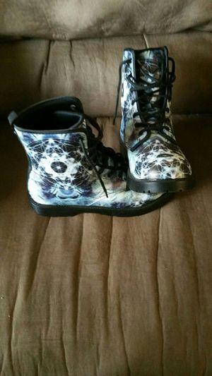 8.5 Unisex Designer Boots: for Sale in Gresham, OR