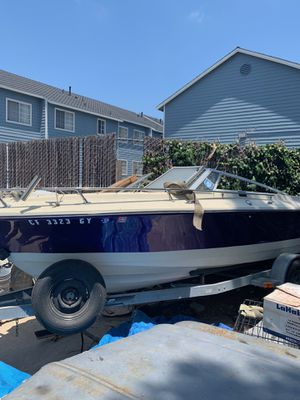 CRESTLINER BOAT ready to be taken to the beach $4500,,,NO TRADES for Sale in Lomita, CA