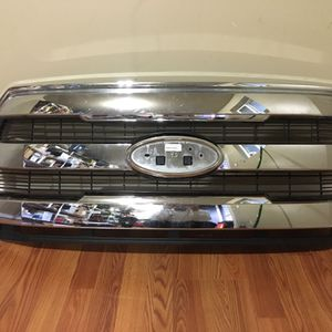 Ford F 150 (grille) for Sale in SeaTac, WA