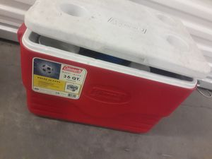 36 quart cooler for Sale in Las Vegas, NV