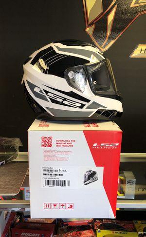 Ls2 stream omega black LG motorcycle helmet for Sale in Orlando, FL