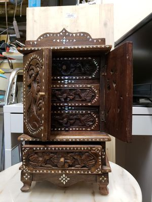 Hand craft jewelry chest Find detailed for Sale in Miami, FL