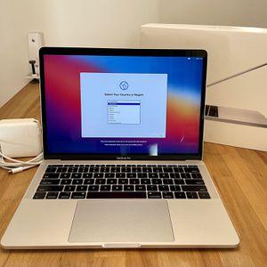 "Apple 13"" MacBook Pro 2017 2.3GHz Core i5 128GB SSD 8GB A1708 MPXQ2LL/A w/ box for Sale in Los Angeles, CA"