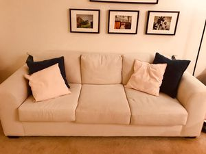 3 seater Sofa / Couch for Sale in San Diego, CA