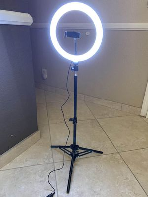 New in box 10 inches Ring LED Light Warm and Cold 3000 to 6500K USB with Adjustable Tripod and Controller Video Maker Phone or Camera Holder Included for Sale in Whittier, CA