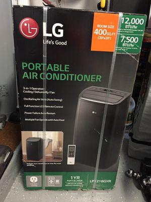 LG 12k BTU Air Conditioner for Sale in Delray Beach, FL