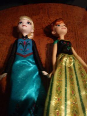 Frozen doll sister set for Sale in Warwick, RI
