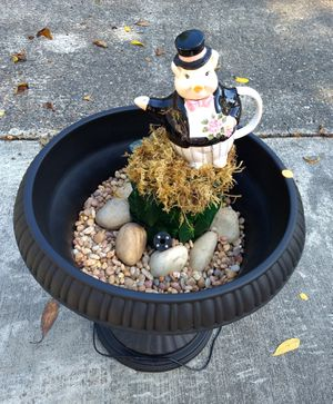 New Pig Fountain with LED Color Changing Lights. for Sale in Bonney Lake, WA