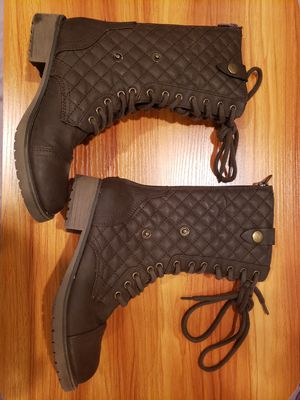 Brown furlined combat boots 2 in 1 style for Sale in San Jose, CA
