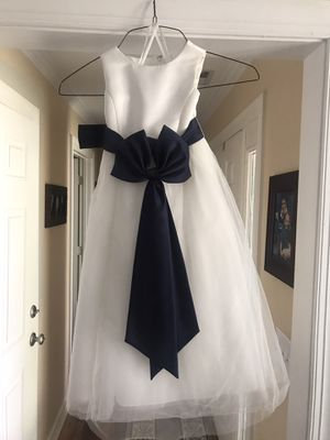 Dress-formal for Sale in Holly Springs, NC