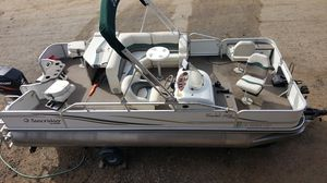 2006 Pontoon boat for Sale in Hemet, CA