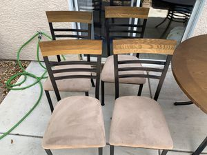 Kitchen table and chairs. for Sale in Las Vegas, NV