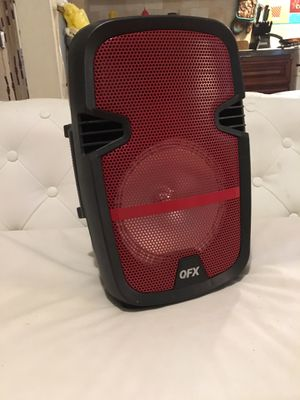 Qfx 350w portable speaker with light for Sale in The Bronx, NY
