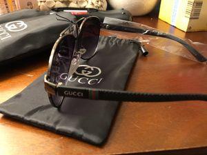 Gucci Sunglasses (Unisex) for Sale in New Britain, CT
