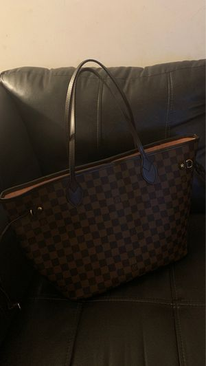 Louis Vuitton bag for Sale in Reynoldsburg, OH