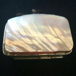 Antique Mother of Pearl 1800s era Coin Purse for Sale in Lawton, OK