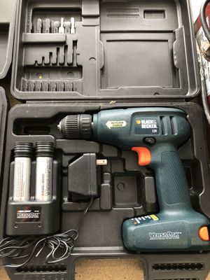Black & Decker VersaPak VP870 7.2V Cordless Drill w/ Battery Charger & Case for Sale in Chicago, IL