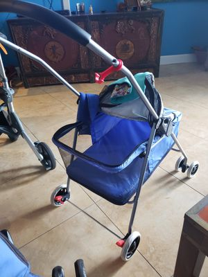 Dog stroller new for Sale in Hollywood, FL