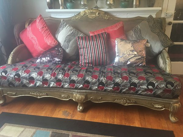 Three-piece set sofa Look like new