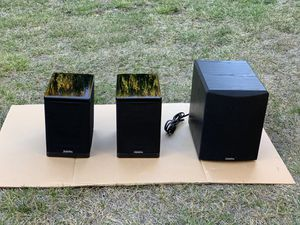 Definitive Technology Studio Monitor 350 with Powered Subwoofer for Sale in San Bruno, CA