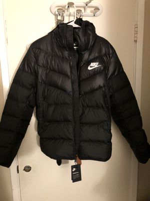 Nike black puffer jacket size medium for Sale in Redwood City, CA