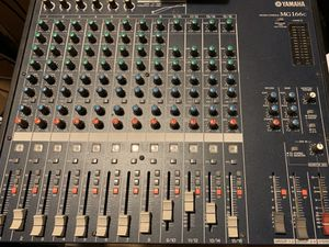 Yamaha MG166c 16 channel mixer like new for Sale in Pennsauken Township, NJ