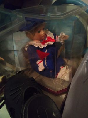 2 musical wind up porcelain dolls for Sale in Traverse City, MI
