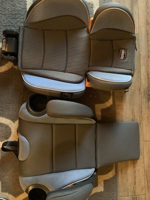 Chicco convertible booster seat for Sale in DW GDNS, TX