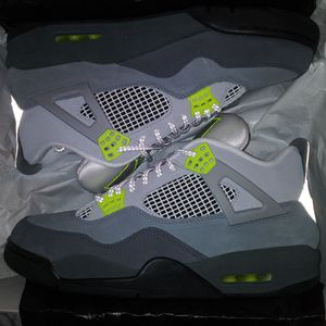 Jordan 4s Retro 4s Neon air max 95 edition for Sale in Pompano Beach, FL