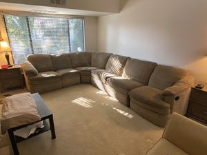 4-Piece Sectional Couch w/ Pullout Bed for Sale in San Diego, CA