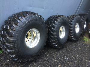 44/18.5-15 mudders on centerline 15x12 wheels for Sale in Kent, WA