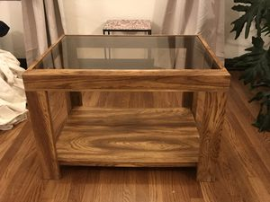 Wood coffee table for Sale in Los Angeles, CA
