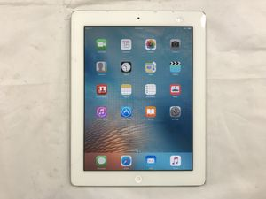 16 Gb Apple iPad 2 With Charger & Case, White (Screen Cracked & Damaged) $44.99 for Sale in Tampa, FL