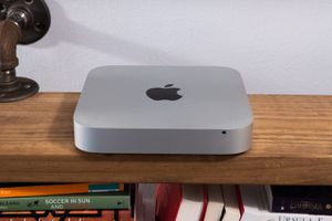 Mac Mini (Mid 2011) + Wireless Keyboard & Mouse! for Sale in The Bronx, NY