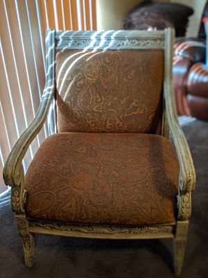 Oversized Sitting Chair! for Sale in Fresno, CA