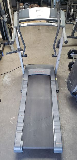 Pro-form crosswalk 380 treadmill 200lbs weight Capacity basic cardio machine for your home gym for Sale in Anaheim, CA