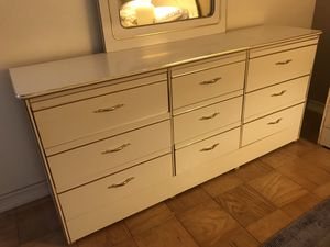 Bedroom Set for Sale in San Diego, CA