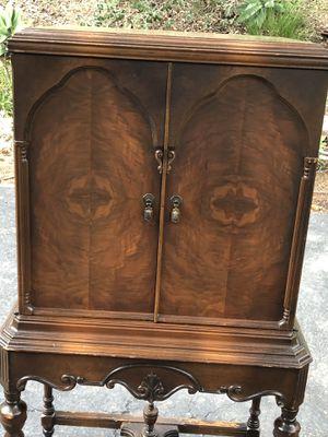 Antique Hutch for Sale in MARTINS ADD, MD